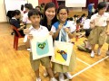 Most Number of People Decorating Totebags Together (11)