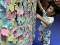 largest collage made of flower-shaped notes (13)
