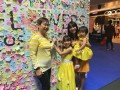 largest collage made of flower-shaped notes (6)