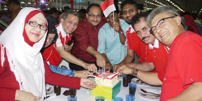 Most Number Of People Cutting Cakes At The Same Time