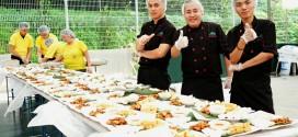 Most Number Of People Eating Gado Gado Together