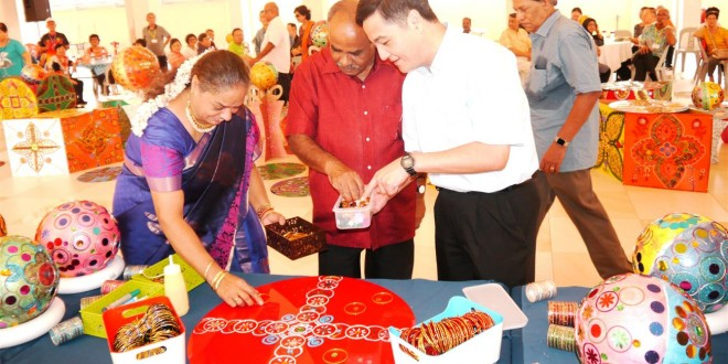 Largest Display Of Indian Bangle Handicrafts
