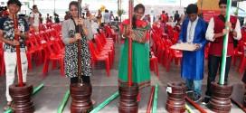 Largest Demonstration Of Manual Rice Dehusking