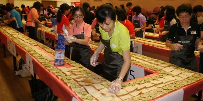Longest Sandwich Line