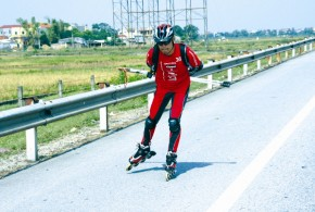 World's Longest Journey On Skates