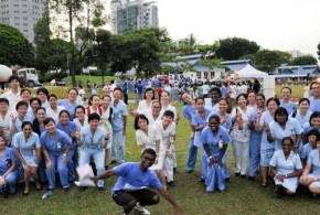 Most People Dressed As Nurses (World Record)