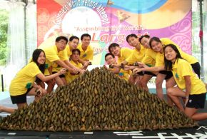 World's Largest Display Of Rice Dumplings