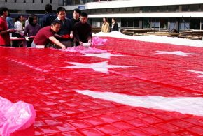 World's Largest National Flag Made Of Jelly