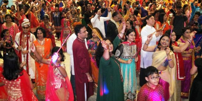 Largest Mass Dandiya Dance