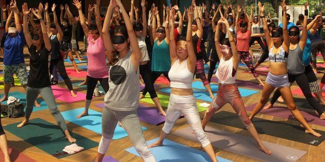 Largest Mass Blindfolded Yoga