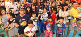 Most Number Of People Flipping Pancakes Together