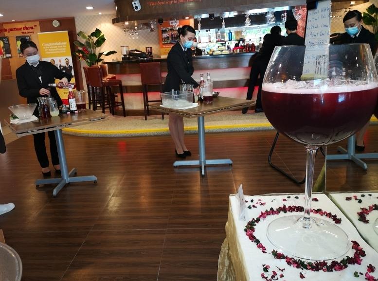 201017-wineglass07