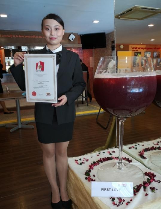 201017-wineglass33