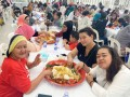 Most-People-Eating-Nasi-Ambeng-7