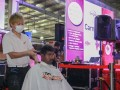 Most Number Of People Having Haircuts At One Location