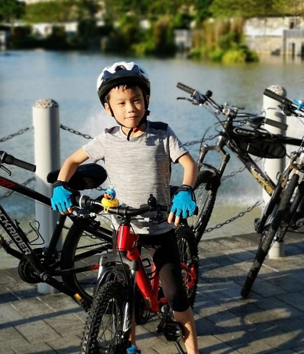 210710-ethan-youngestcyclist38