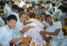 Most Number Of Paper Fishes Folded In One Hour