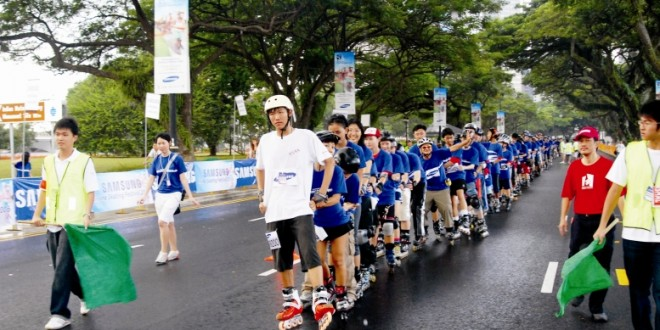 World's Longest Inline Skating Chain