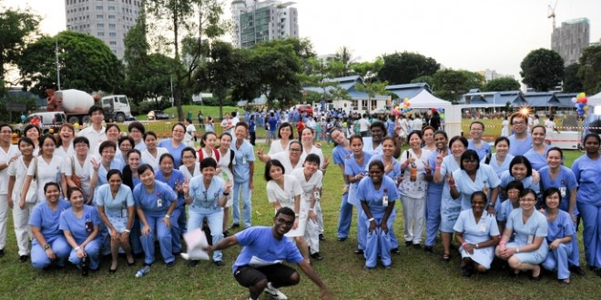 Most People Dressed As Nurses (World Record)