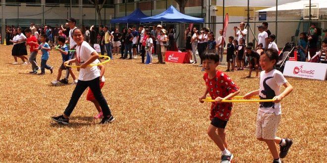 Largest Hula Hoop Walking Relay (Doubles)