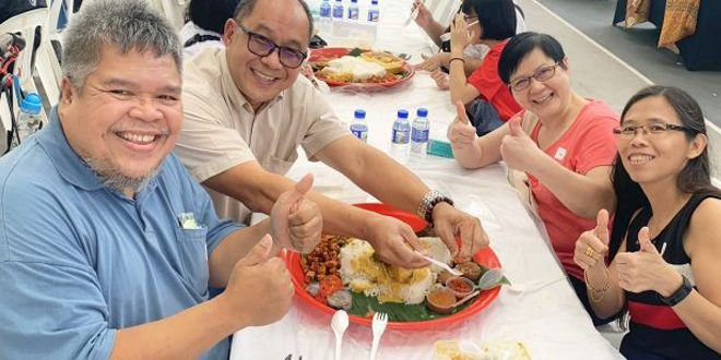 Most Number Of People Eating Nasi Ambeng Together